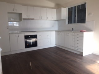 oven/cooktop, microwave and pantry